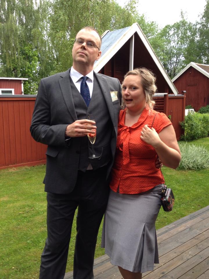 Par i mord trädgårdsfest