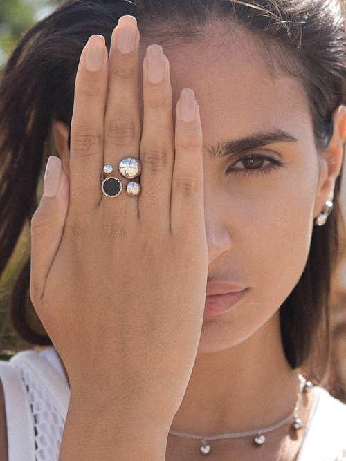 Contemporary staple!  SOLAR Ring