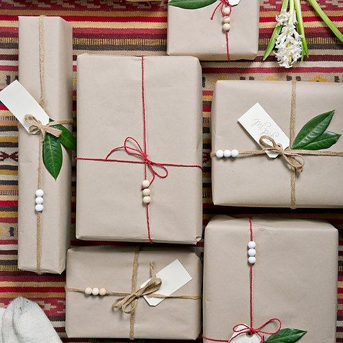 Christmas Shopping! Ta även en titt på våra julklappstips, för både hårda och mjuka paket.