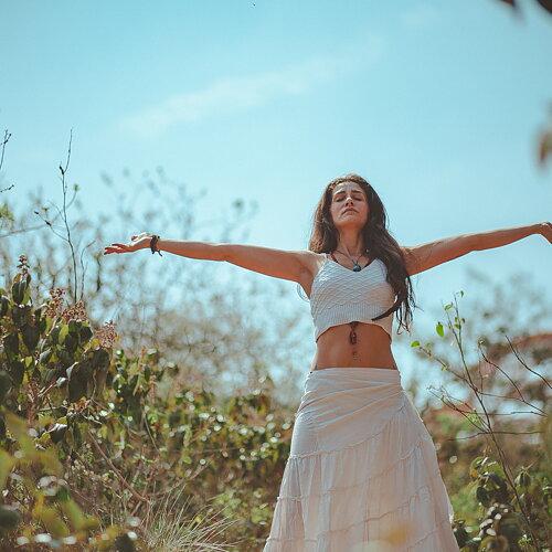 Upplev din mage i balans Nyhet från Holistic: Lactovitalis®IB smörsyra För dig med IBS-mage