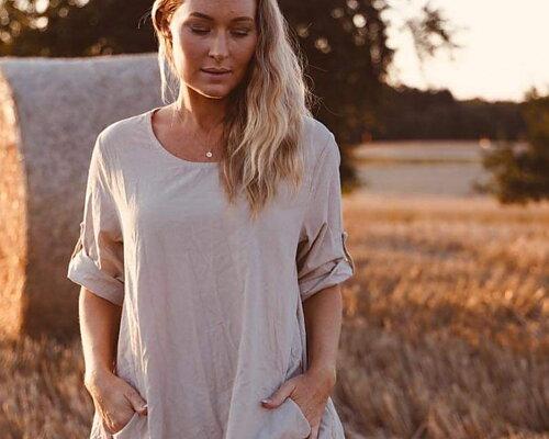 Höstens snyggaste manchesterplagg  skjortor - klänningar - byxor
