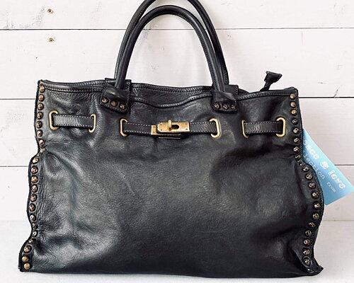 Väskorna du drömmer om..... Handplockad limiterad kollektion REUNION unique