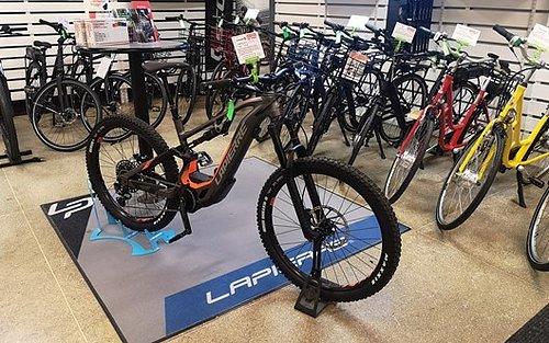 CYKLAR PÅ LAGER JUST NU Här finner ni våra cykelmodeller