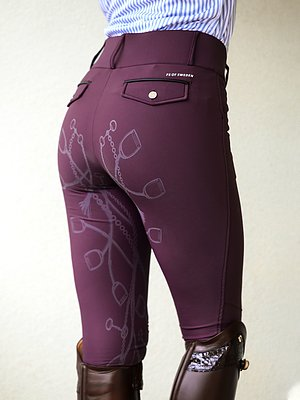 Praised for their perfect fit BREECHES