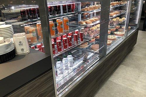 KYLUTRUSTNING kylbänkar, drickakylar, kylskåp, kylvitriner, frysar Handla nu