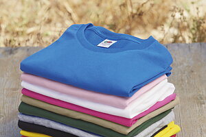 T-shirts från Fruit of the Loom och B&C