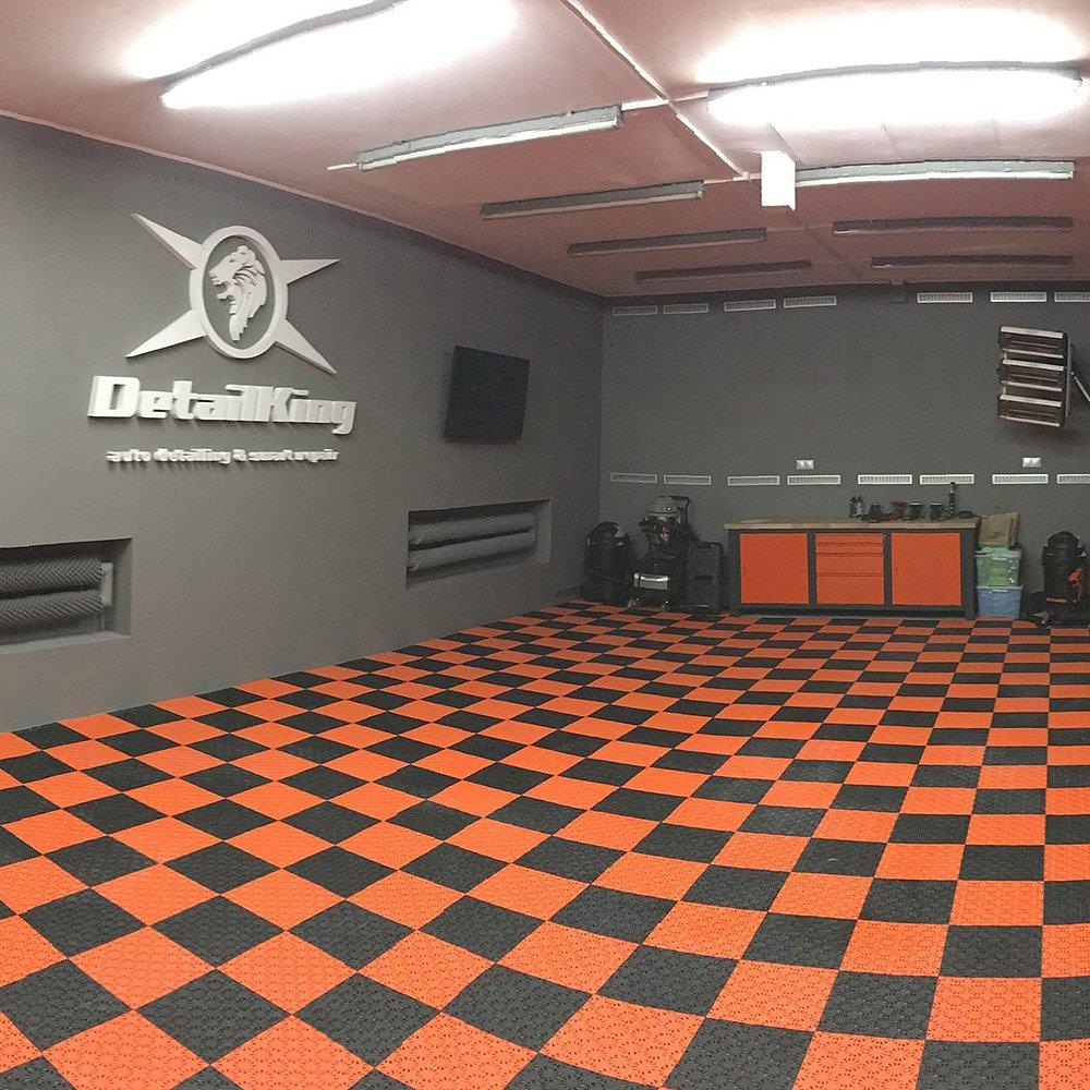 Personligt färgsatt garage