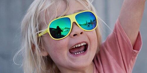 Nya solglasögon från Geggamoja! Och andra sommarplagg som solhattar & UV-tröjor