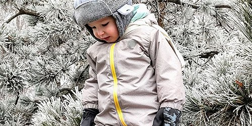 Varma kläder för ditt barn Kläder av högsta kvalitet