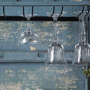 TILL KÖKET  Glashängare för ljuvliga glas på fot