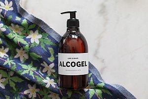 ÅTER I LAGER Alcogel med doft av lime & grape Handla →