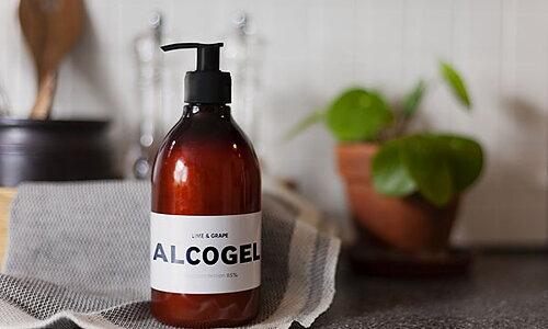 NYHET Alcogel med doft av lime & grape Handla →